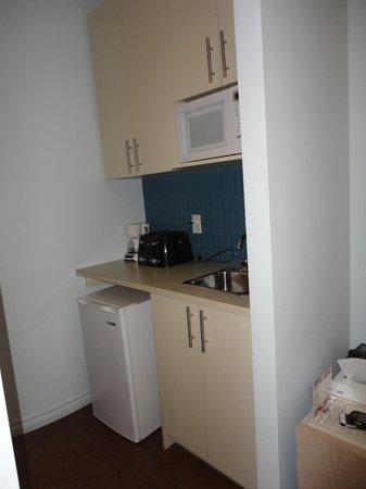Hotel Montreal Espace Confort: Cocina