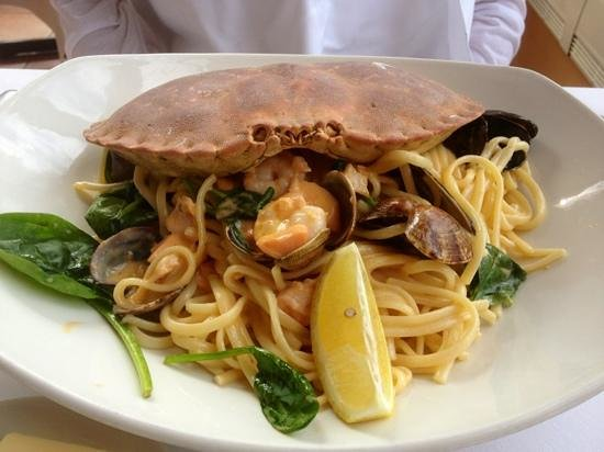 The Glasshouse Brasserie: Seafood Linguine - lovely!