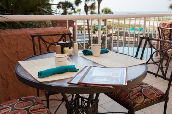 Cafe Palm Breeze: Dine on the terrace overlooking the Gulf of Mexico