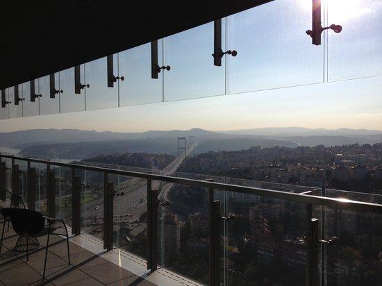 Le Meridien Istanbul Etiler: FSM Bridge