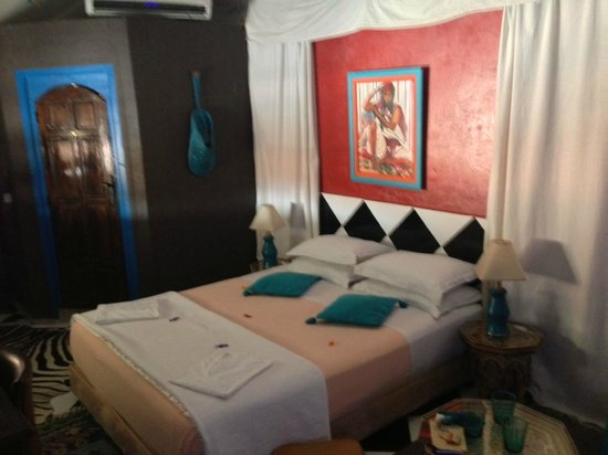Riad Les Lauriers Blancs : Chambre Turquoise