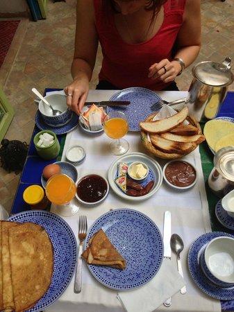 Riad Les Lauriers Blancs : Petit-déjeuner, très copieux