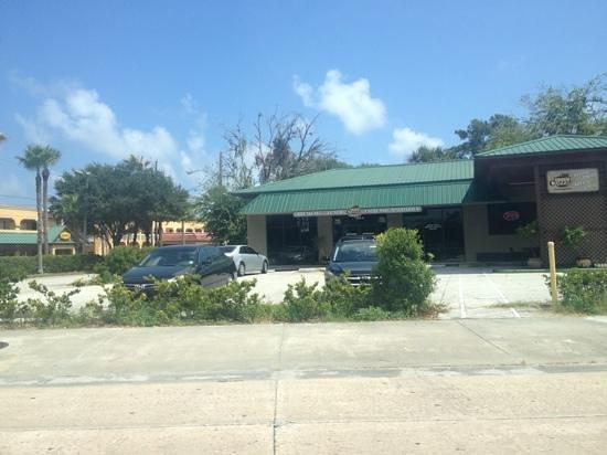 City Bistro Tea House & Coffee Co.: front entrance