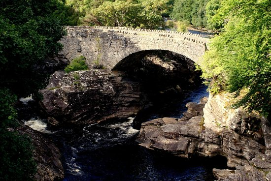 Invermoriston Falls: The Telford Bridge