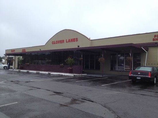 Nice Well Run Bowling Alley Review Of Clover Lanes Rochester Ny Tripadvisor