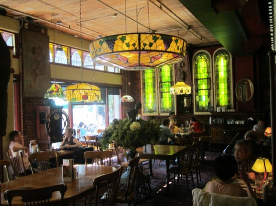 The Old Spaghetti Factory: Stunning stained glass
