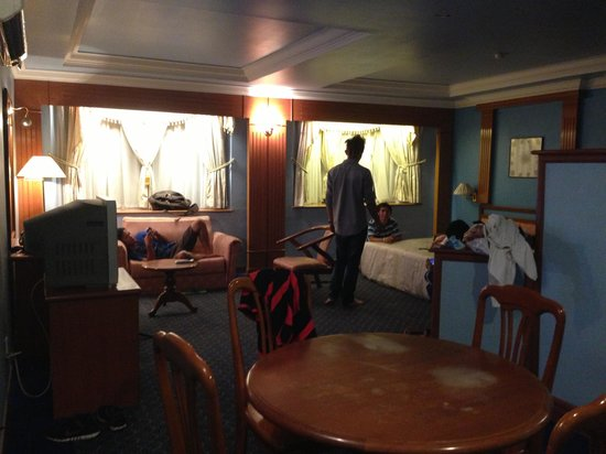 Labuan Town, Malaysia: Sara hotel labuan family room