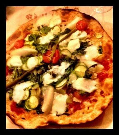 Osteria del Vecchio Borgo: pizza multifibra