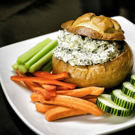 Naggy McGee's Irish Restaurant and Pub: Spinach Artichoke Dip