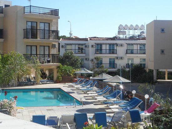 Amaos Hotel Apartments: View from balcony