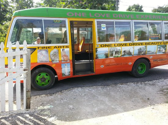 One Love Bus Bar Crawl: The One Love Bus