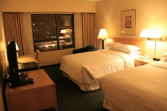 Four Points by Sheraton Vancouver Airport: Room #624