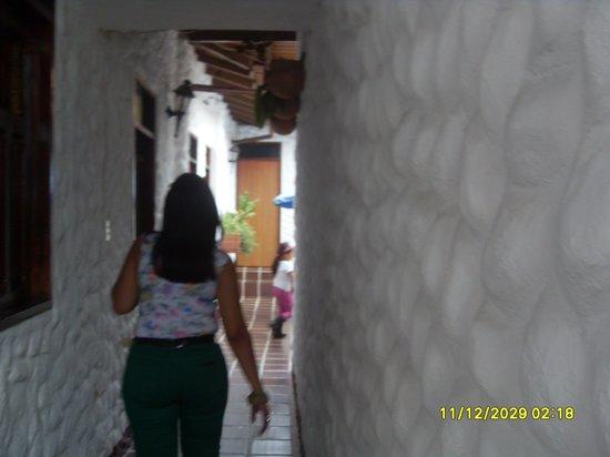 Posada La Casona de Margot: caminando por el pasillo
