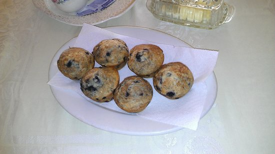 Sawin' Logs: Delicious Fresh-Baked Muffins