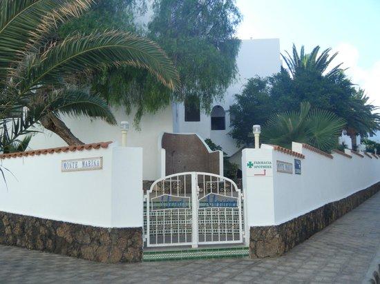 front entrance Monte Marina