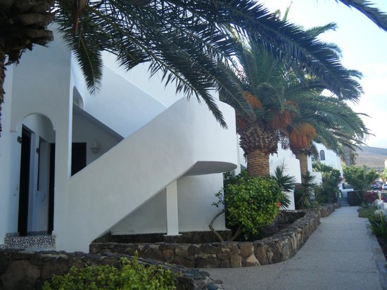 Monte Marina: outside gardens and entry to rooms