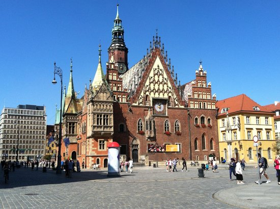 Wroclaw Silesia Tours - Day Tours: Market Square & Town Hall in Wroclaw