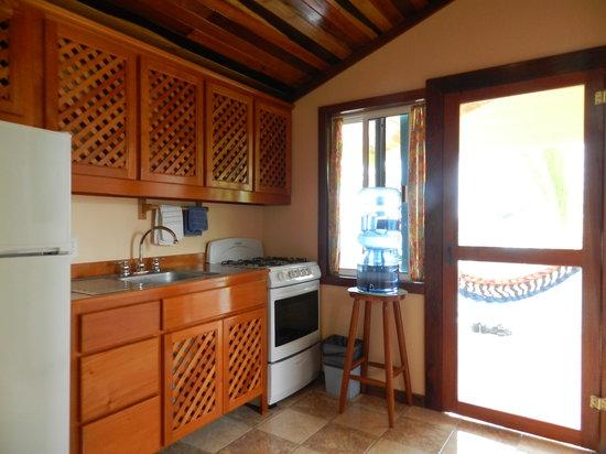 Colinda Cabanas: Bright & Open Fully-Stocked Kitchen