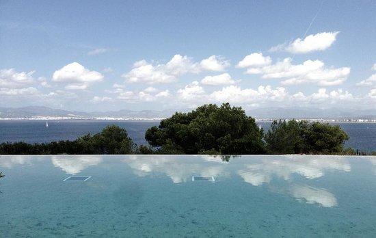 Cap Rocat: Pool view