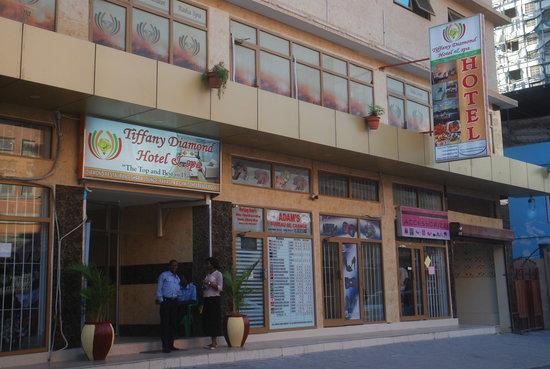 Tiffany Diamond Hotel: Hotelier Exterior