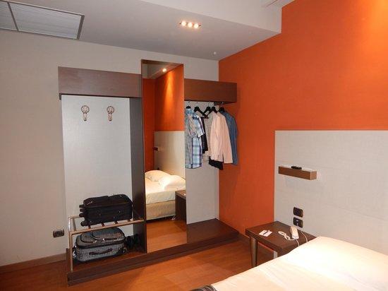 Soperga Hotel: chambre