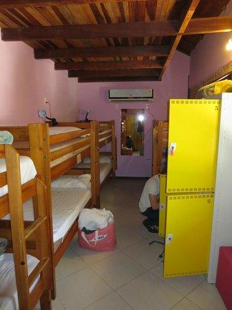 Biergarten Hostel: 8 Bett Zimmer
