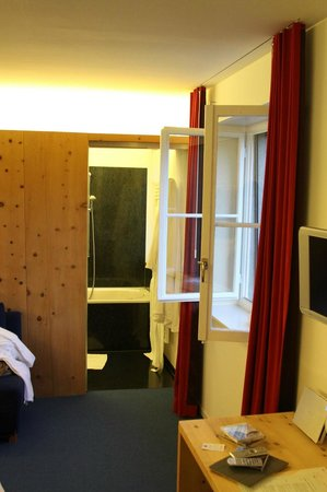 Hotel Castell: Zimmerblick - ohne professionelles Weitwinkel