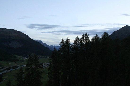 Hotel Castell: Ausblick Richtung Oberengadin