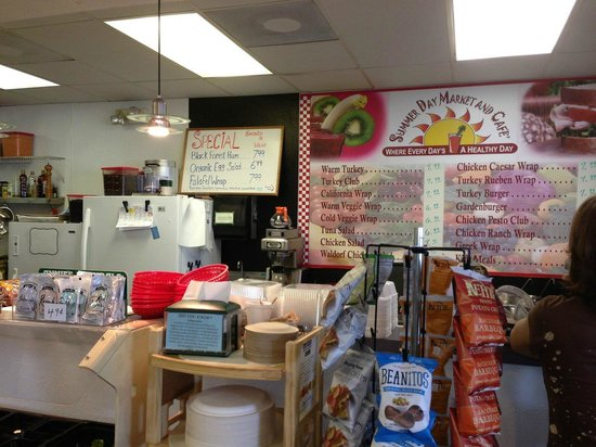 Summer Day Market and Cafe: Juice Bar and Cafe