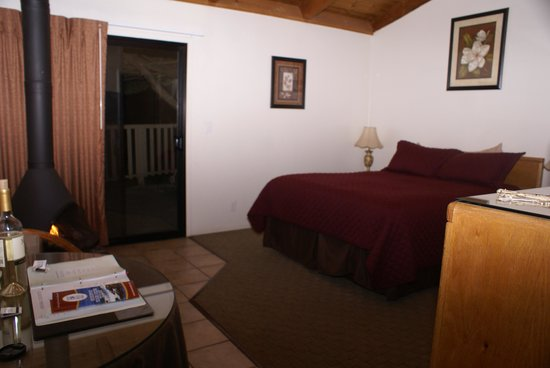 Fort Ross Lodge: Our Room