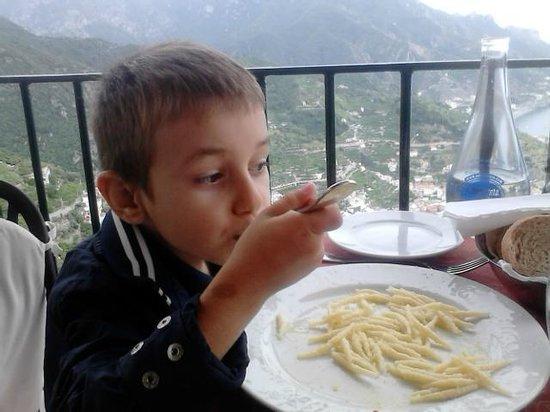 Ristorante Raffaele dell'Hotel Parsifal: il mio cucciolo che mangia (finalmente) con vista panoramica
