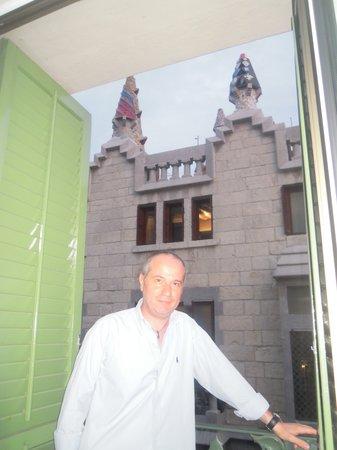 Hotel Gaudi: Vista camera
