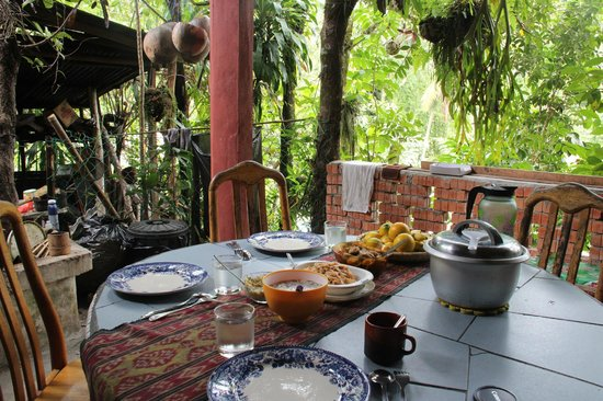 Saloma's Villagestay: Lunch