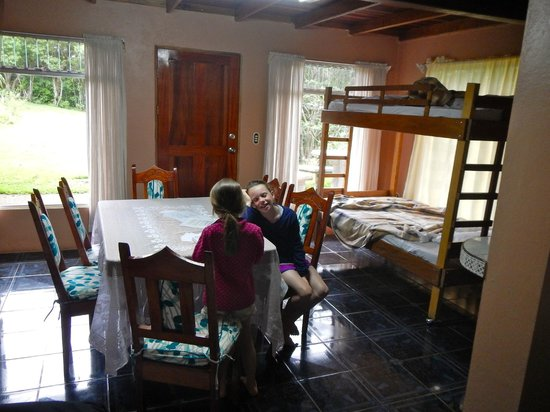 Cabañas Valle Campanas : downstairs in the cabin