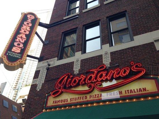 Giordanos Sign Picture Of Giordanos Pizza Chicago