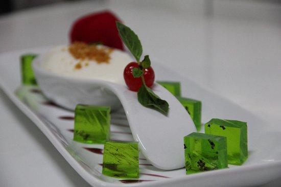 LLUVIA Restaurant : Espuma de pisco y gelle de muña!!!!
