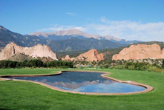 Garden of the Gods Club and Resort: uitzicht vanaf ontbijtterras