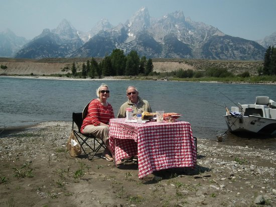 Snake River Angler: How's this for a lunch spot?