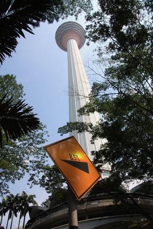 หอคอยกัวลาลัมเปอร์: Impressive tower