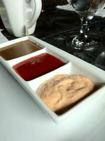 Downtown City Tavern : Succulent Dipping Sauces