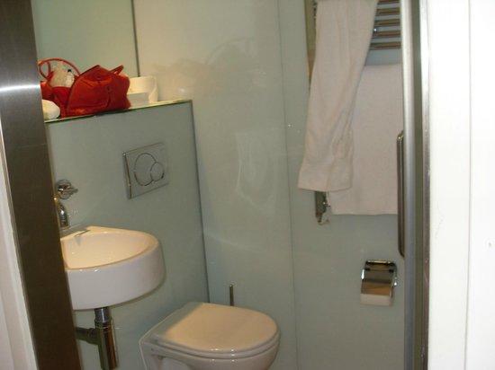 Ambassadors Bloomsbury: salle de bain
