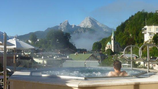 Hotel Edelweiss: Blick von der Dachterrasse auf den Watzmann