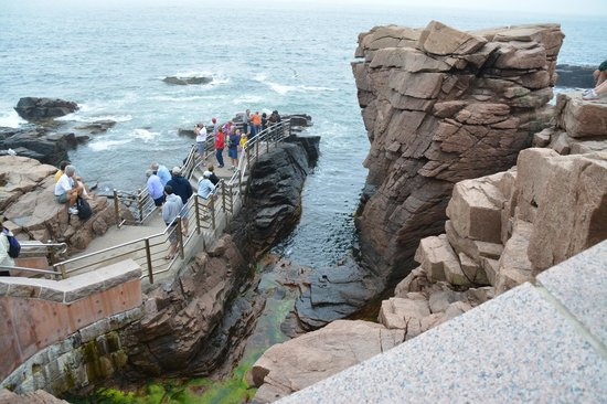 Park Loop Road: Thunder Hole