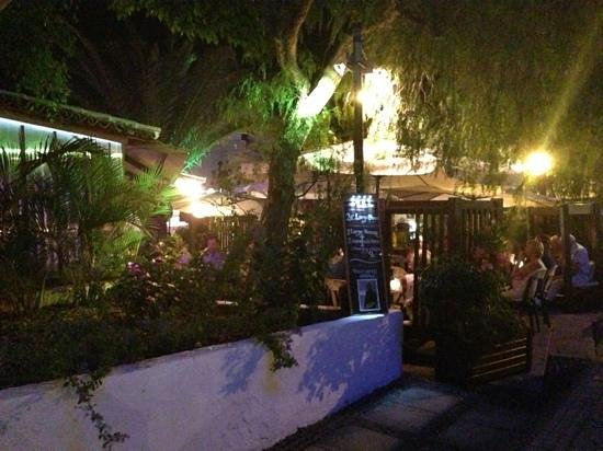 Evening At Tjs Picture Of Tj Terraza Jardin Acantilado De