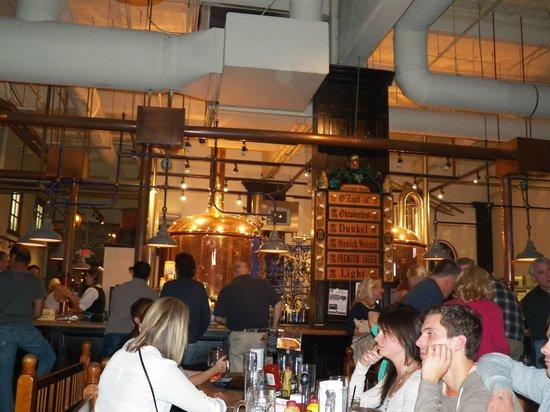 Hofbrauhaus Newport: The Bar