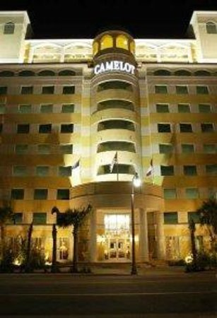 Camelot by the Sea, Oceana Resorts : Front of hotel