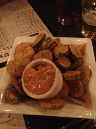 Q Roadhouse: Fried Pickles - amazing!!!