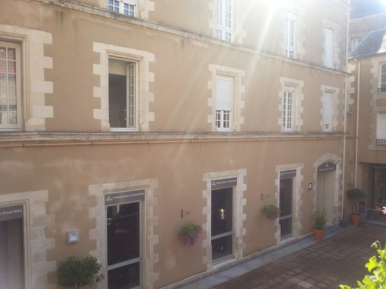 Best Western Poitiers Centre Le Grand Hotel: Hotel