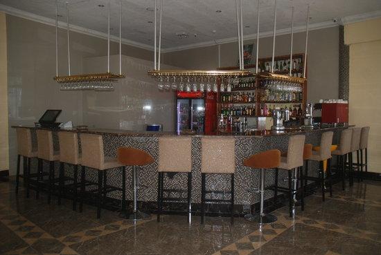 Tiffany Diamond Hotel: Shaba Lounge
