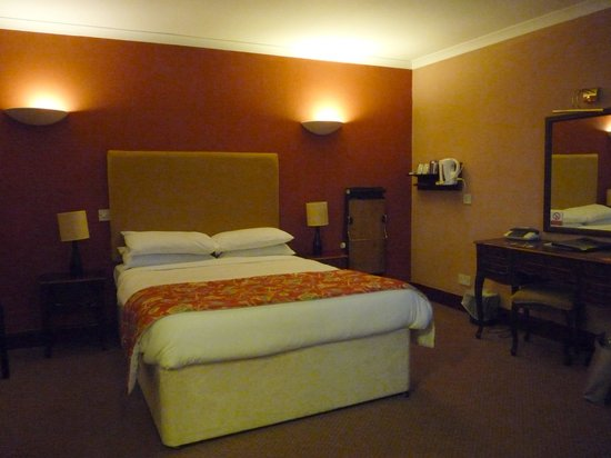 Castlecary House Hotel: Double room in annexe